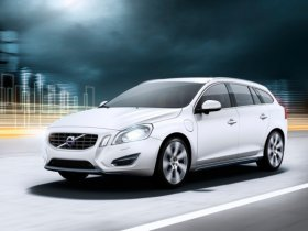 Volvo приступил к производству первого в мире гибрида с дизель-электрическим силовым агрегатом.