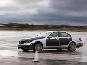 Mercedes-Benz E 63 AMG станет быстрее и получит полный привод