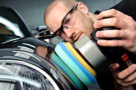 Основные этапы полировки кузова автомобиля и выбор полироли