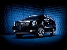Escalade – представитель модельного ряда Cadillac 2012 года